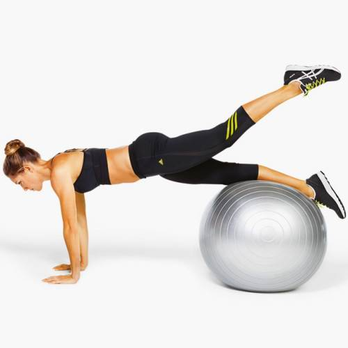 Упражнения с фитболом для проблемных зон