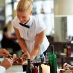 Как женщины соблюдать диету в ресторане