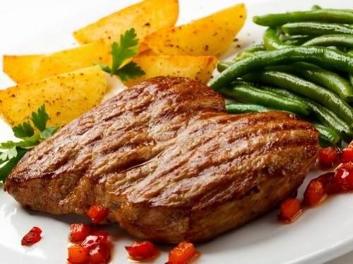 Мясоедам посоветовали добавлять в свой рацион неперевариваемый крахмал