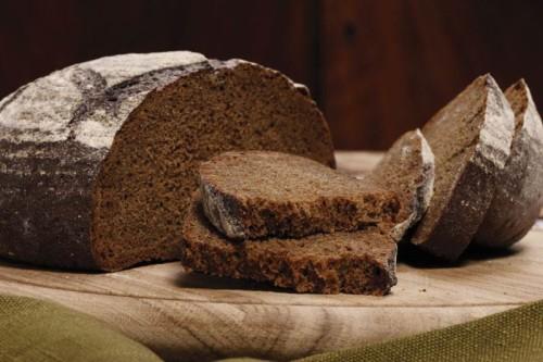 Темный хлеб лучше