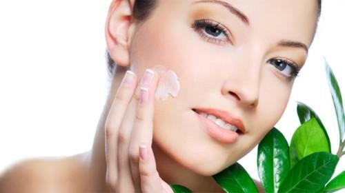 Увлажнение кожи лица и рук