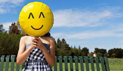 Женщина с воздушным шариком